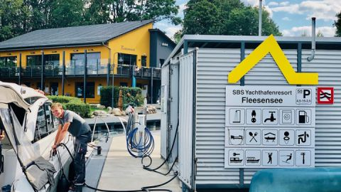 SBS Yachthafenresort in Untergöhren am Fleesensee
